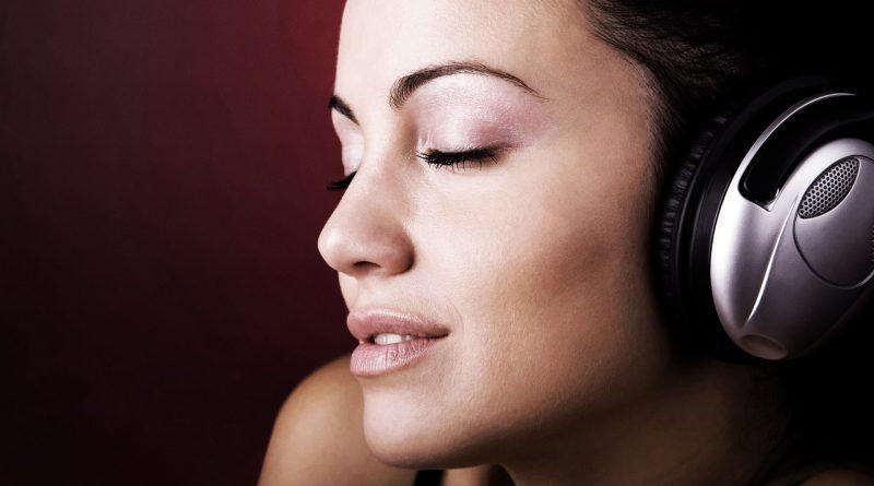¿Cómo descargar gratis sonidos para dormir en YouTube?